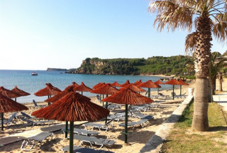 alegria villas vassilikos beach