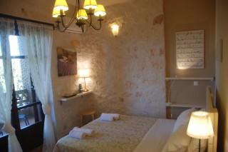 chloe alegria villas room