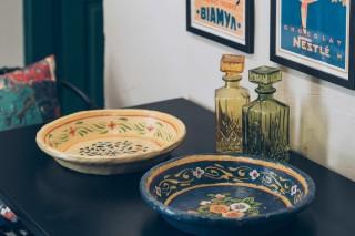 two bedroom villa alegria dining plates