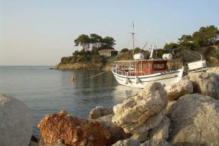 zakynthos alegria villas boat