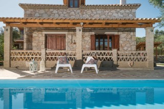 facilities alegria villas big swimming pool